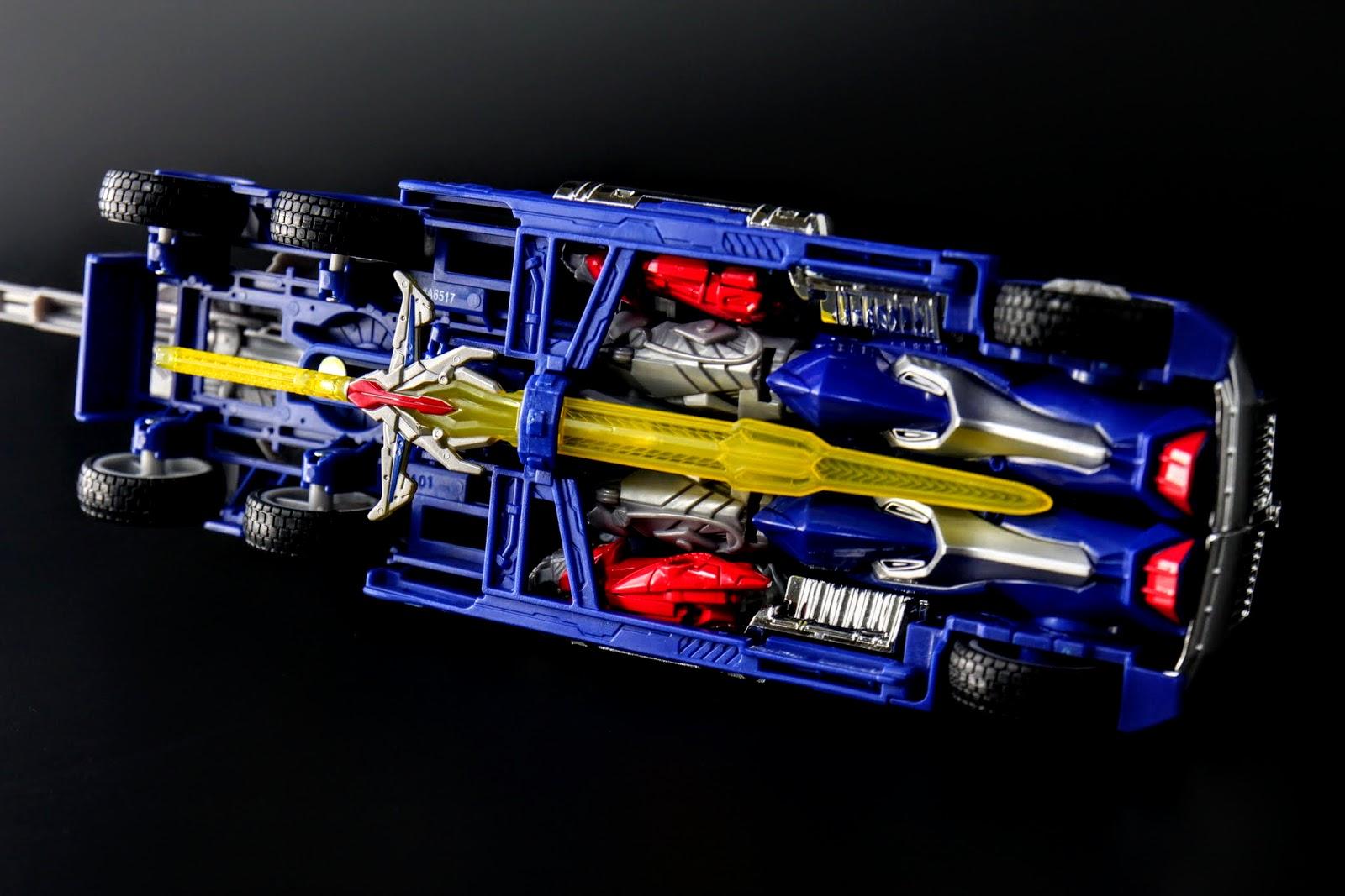 車底可以把審判之劍放在原來放審判之劍的地方XD