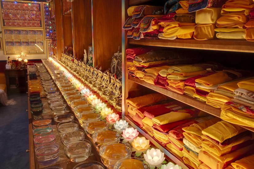 Offerings at Kachoe Dechen Ling