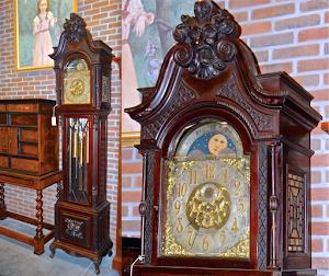 Изумительные напольные часы с красивыми мелодиями. 19-й век.