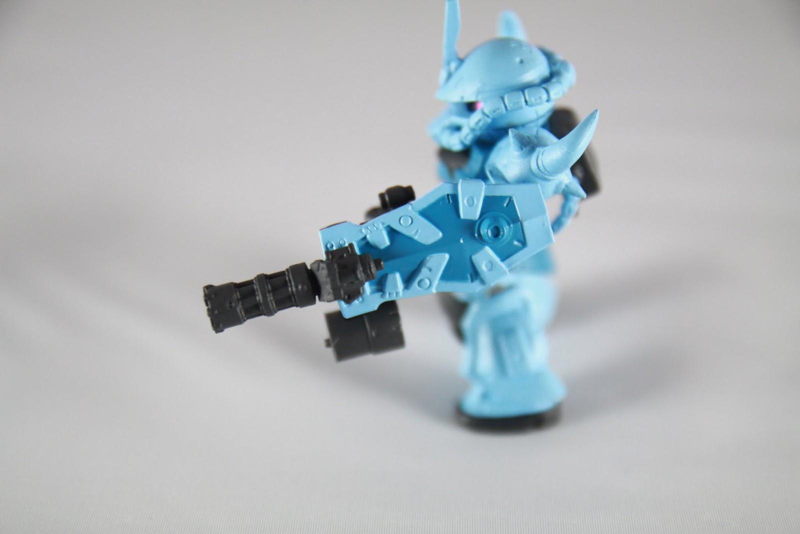 多這把格林機槍+盾的複合武器