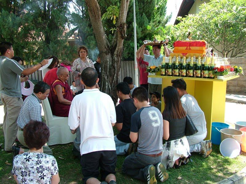 Lama Zopa Rinpoche leading animal liberation prayers in Singapore