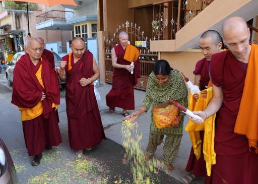 Lama Zopa Rinpoche arriving at Choe Khor Sum Ling, Bangalore, India, January 2015. Photo by Ven. Thubten Kunsang.