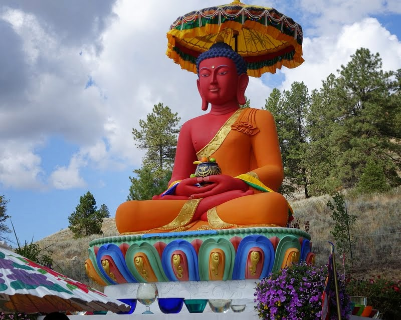 Amitabha Buddha statue on the Amitabha celebration day, Buddha Amitabha Pure Land, Washington, US, August 2014. Photo by Ven. Roger Kunsang.