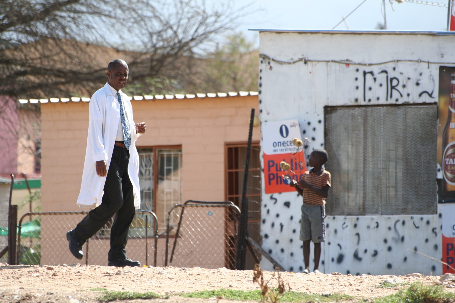 Contrasting clothes in township