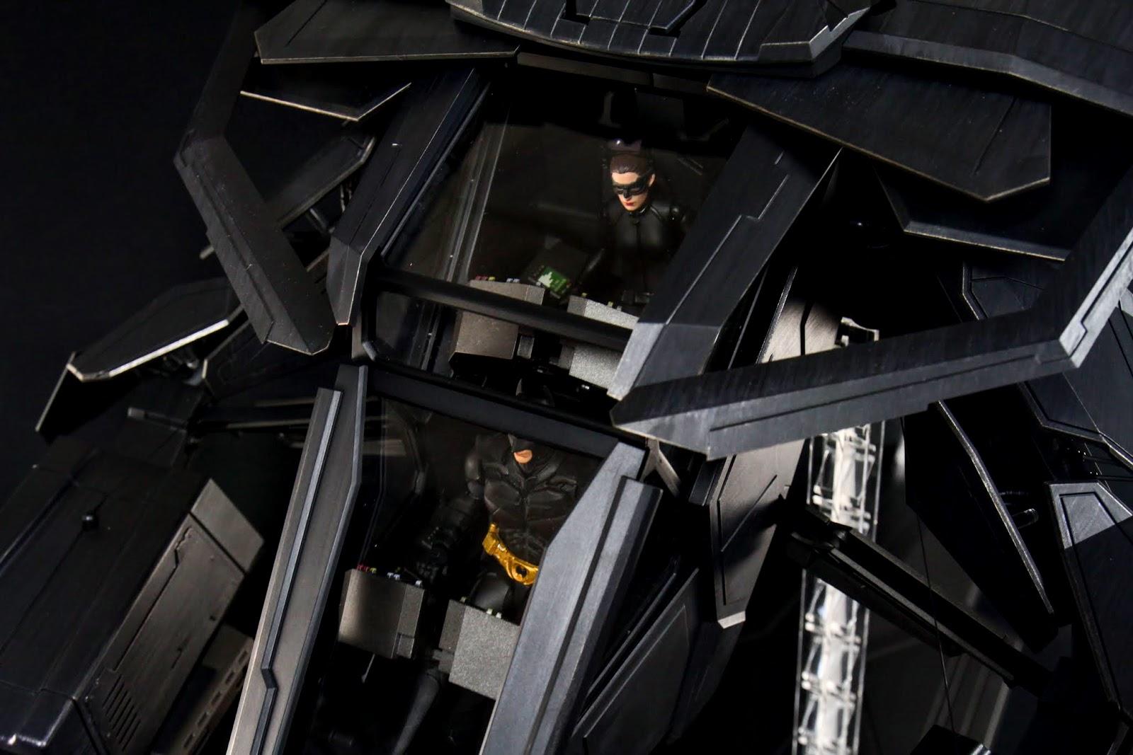 艙門蓋起來雙駕駛也還是很清楚展現