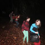 3:00 - neplánovaně trošku obcházíme vrchol Brdo, a abychom se napojili zpět na červenou, musíme jít kousek mimo cestu :)