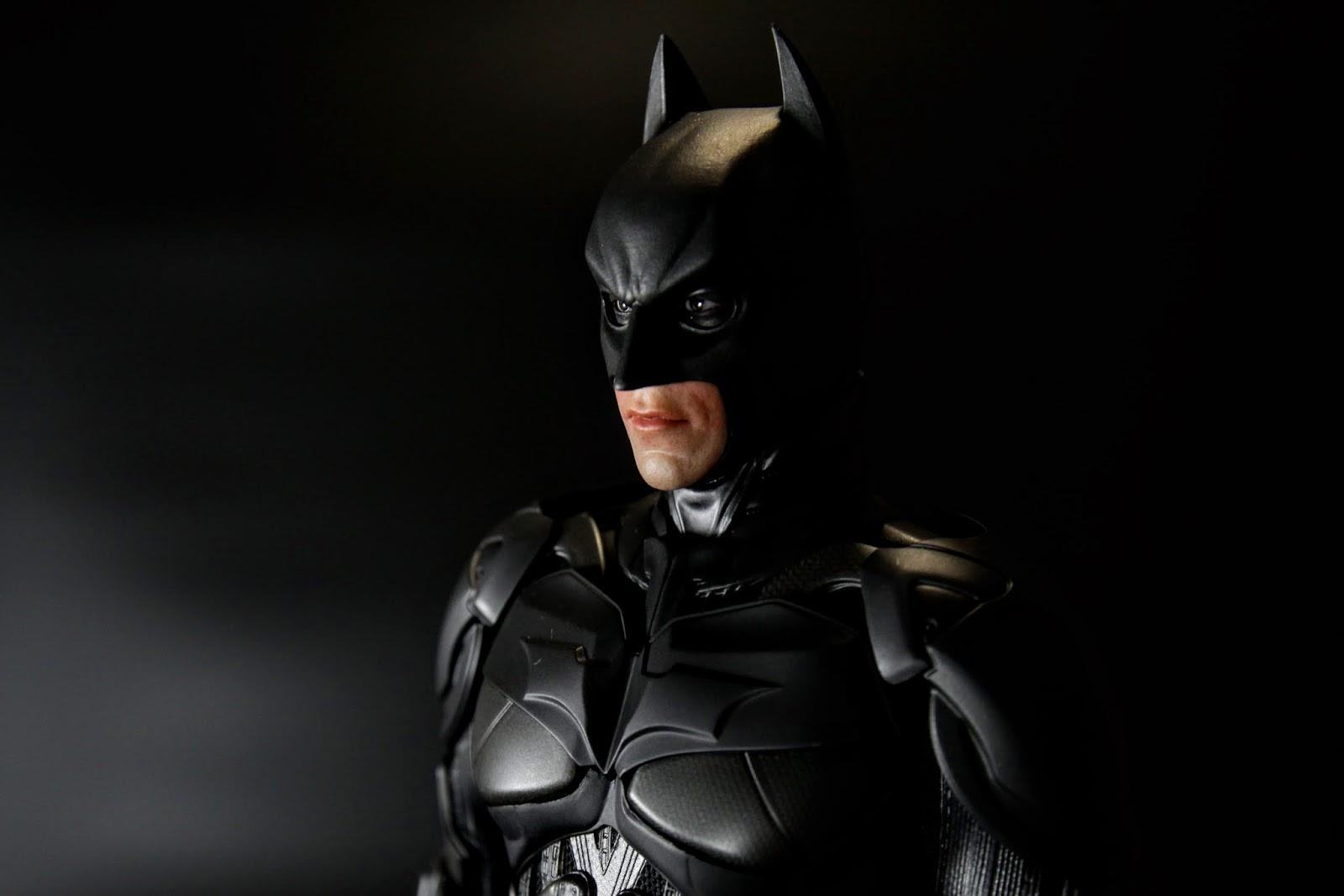 當然因為有兩組所以蝙蝠俠的頭也有兩個