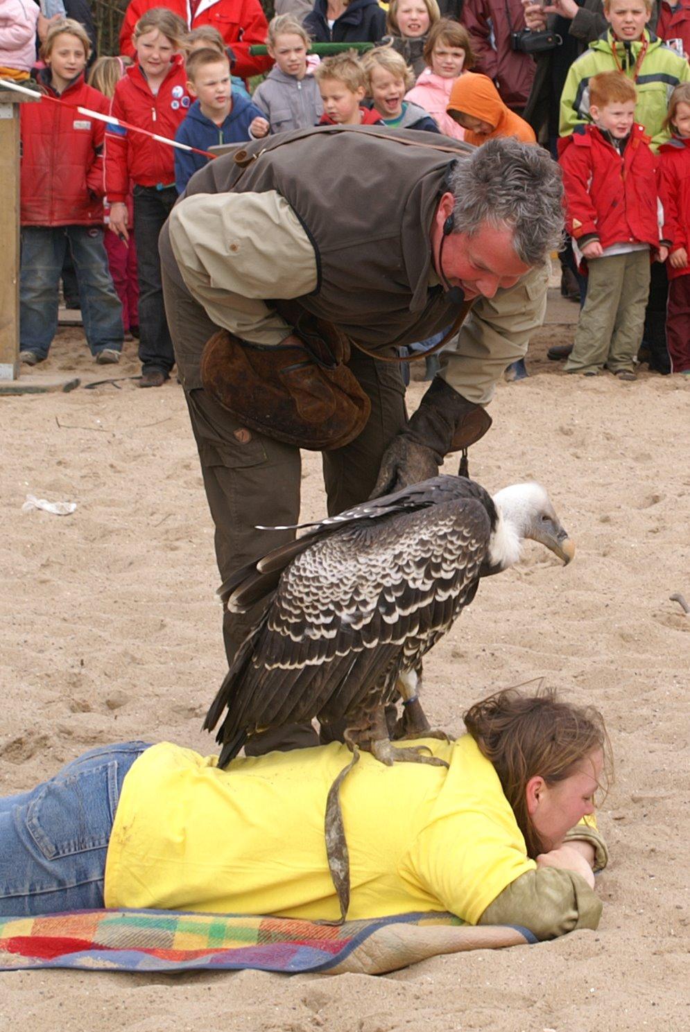 Opening Speeltuin en Roofvogelshow 17 maart 2007 - Nr_055