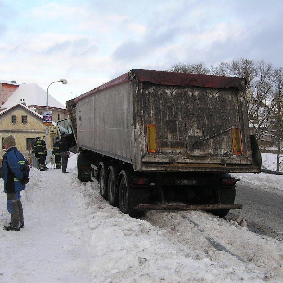 Nehoda kamionu - P1280080