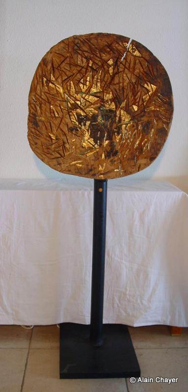 081 - Front de Taille - 1997 Diam. 62 Sculpture bois polychrome