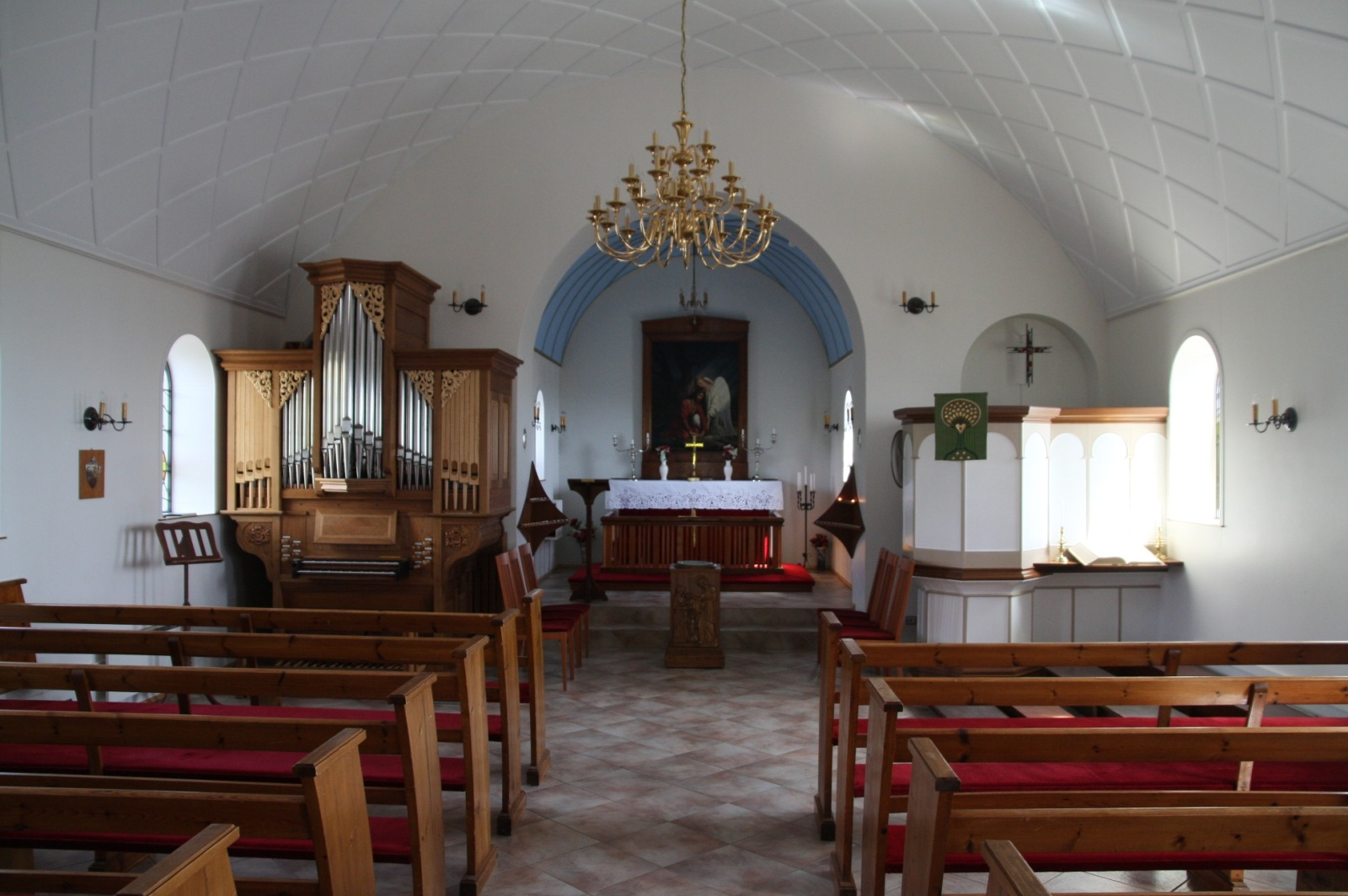 The interior of a small Icelandic lutheranian church