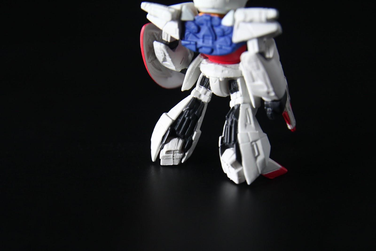 尤其你看這精美的扇形小腿,多可口!連MG模型我都做了兩台