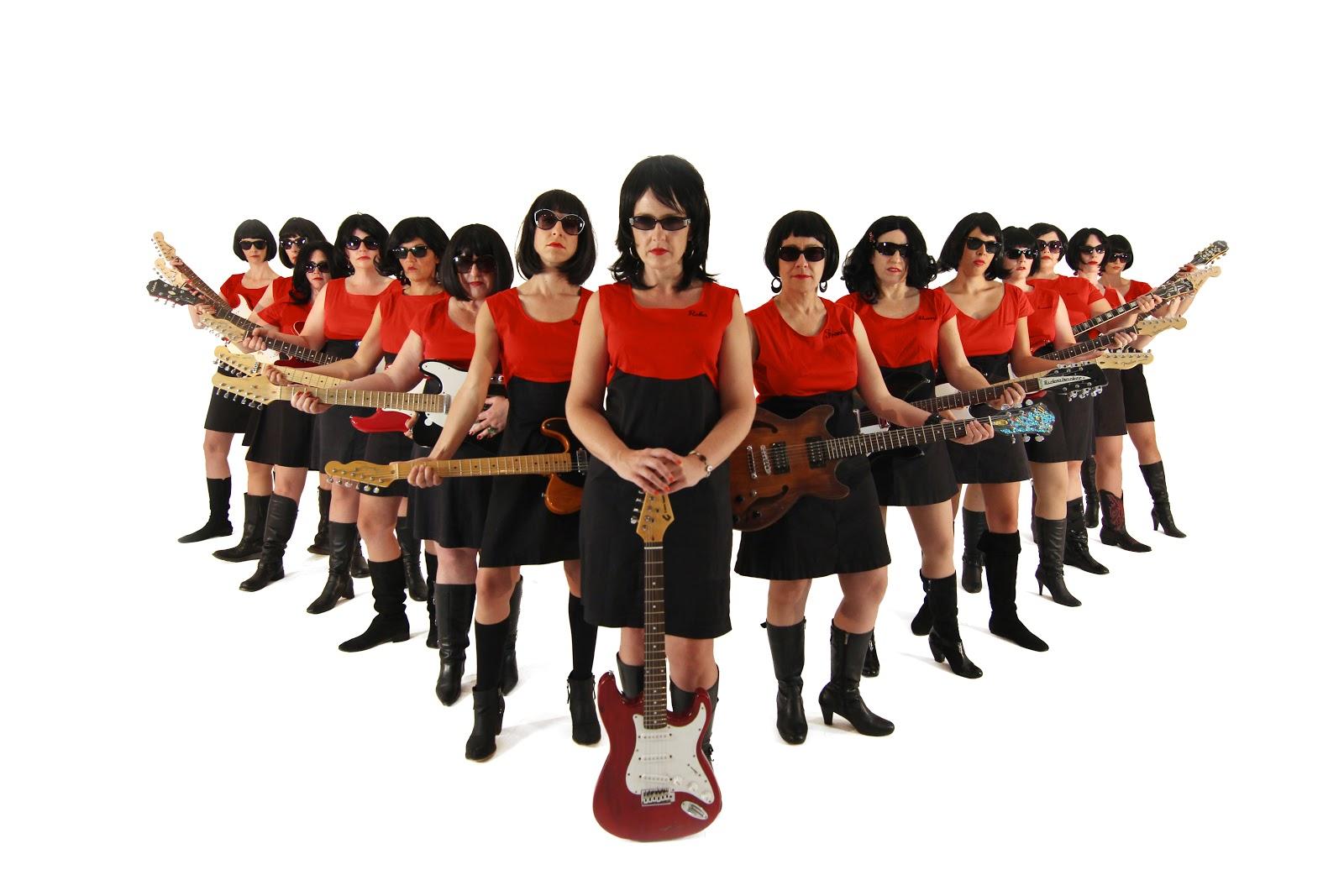 Yuh huh. 15 electric guitars.