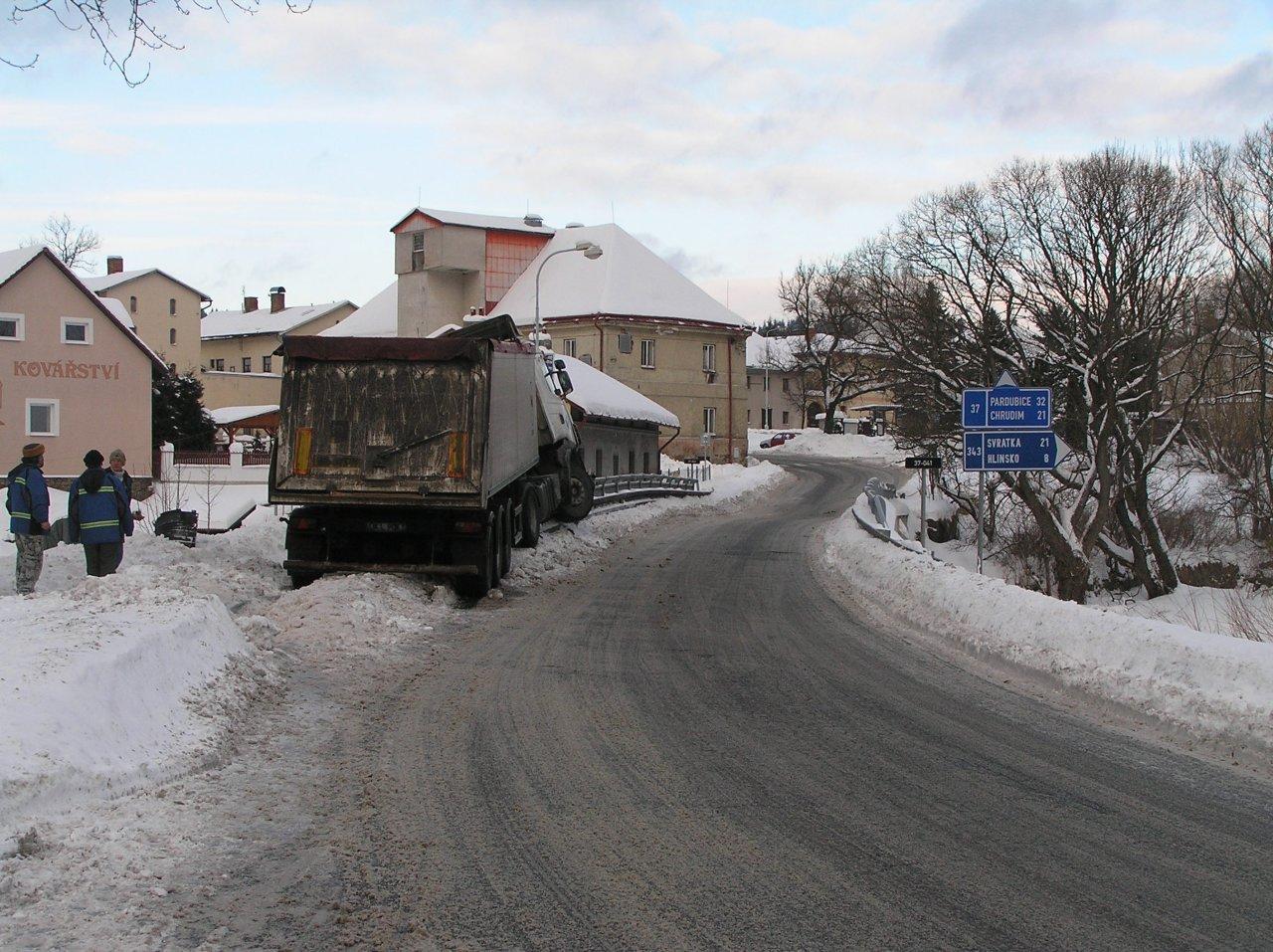 Nehoda kamionu - P1280082