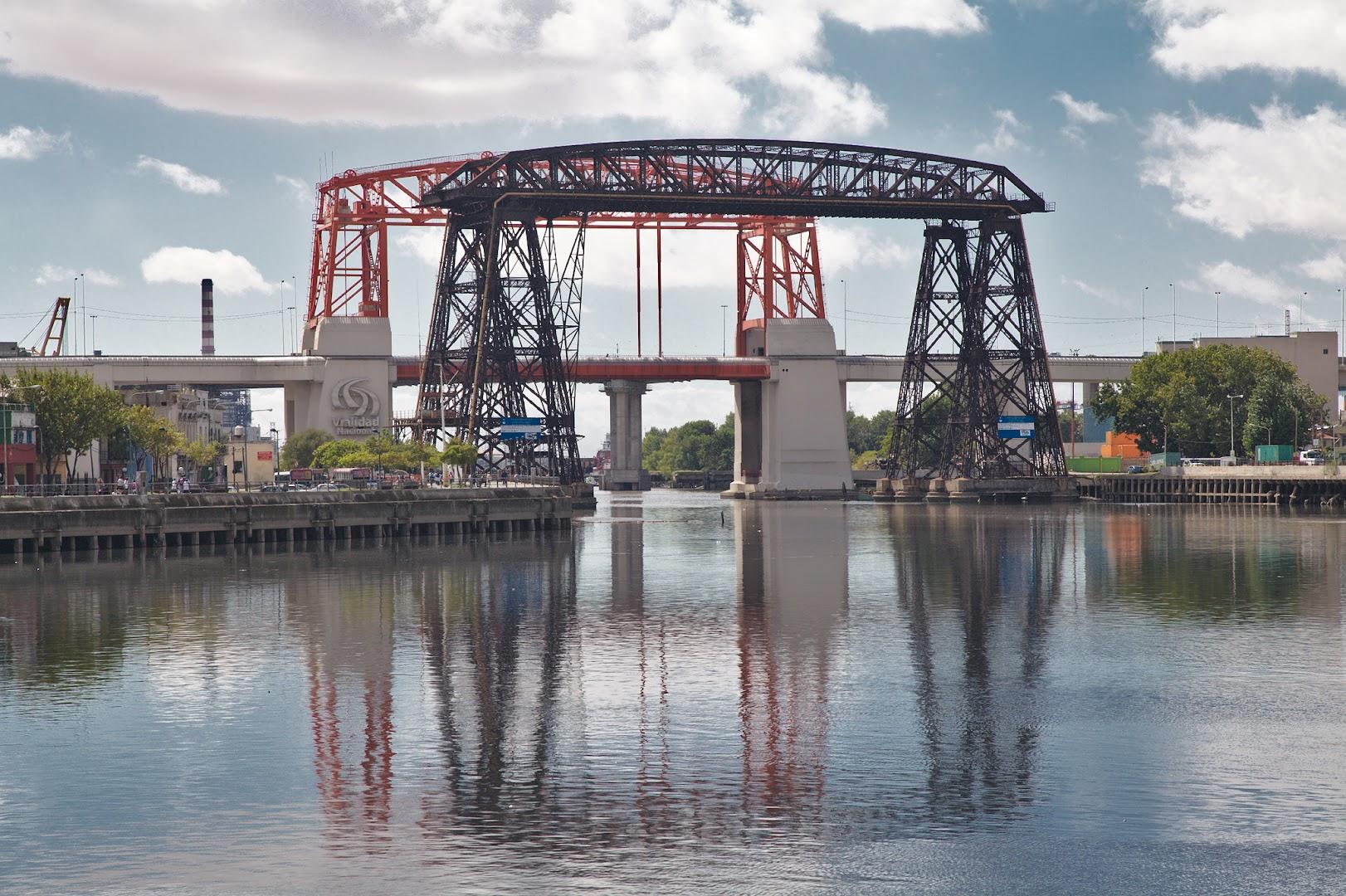La Boca bridge, sort of BA's East End