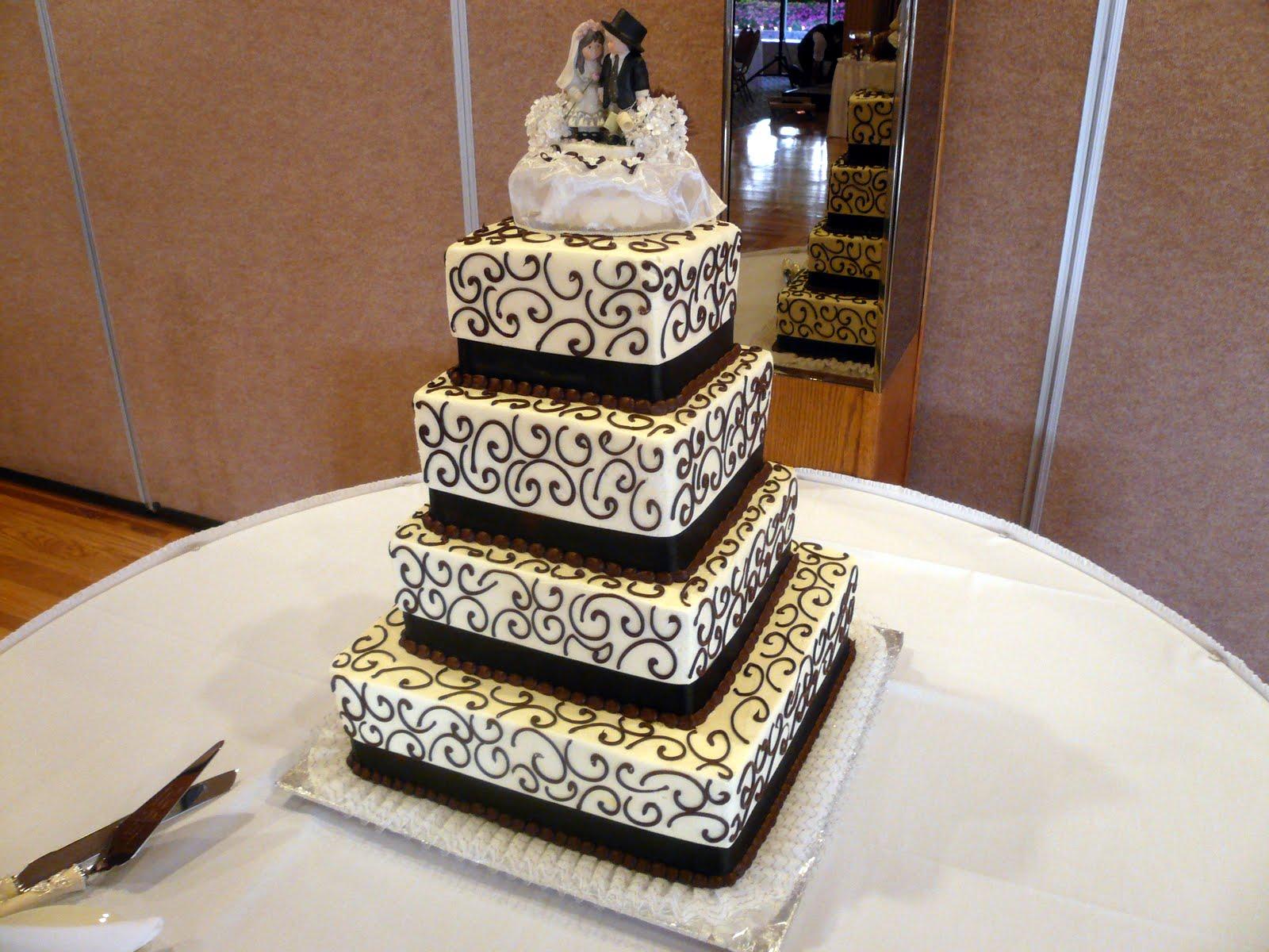 Wedding - Emma - Square - Level1