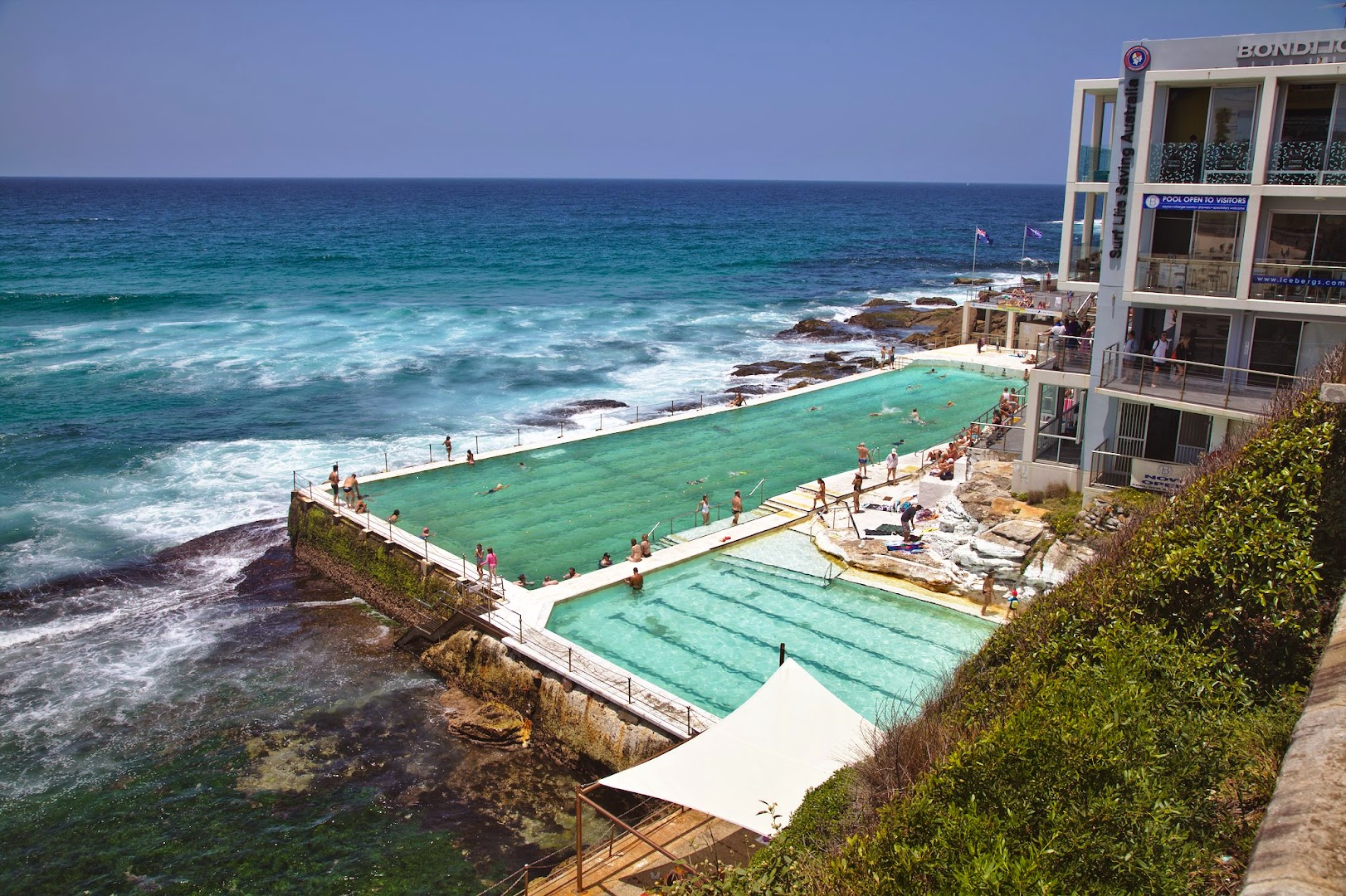 Australians like to make pools by the ocean