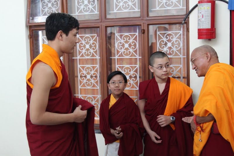 Lama Zopa Rinpoche with members of His Holiness the Sakya Trzien family, Dheradhun, India