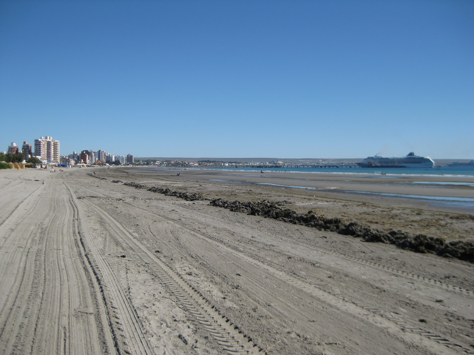 Puerto Madryn beach