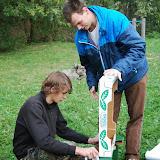 Výroba improvizovaného stojánku na startovní ceduli