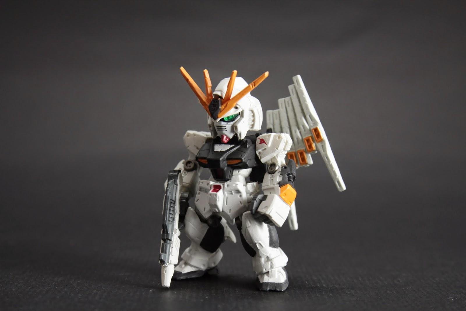 最想重製第一名-Nu Gundam 這已經是我第四隻牛了~塗裝算不錯