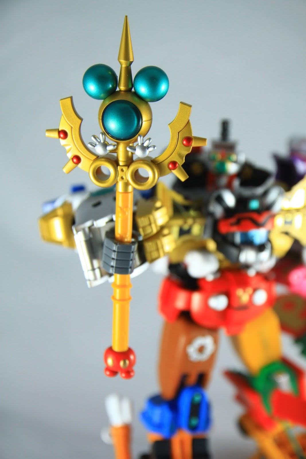 """武器- Dream Stick 就是一個米老鼠打開手跟你說""""挖喔~~~"""" 這樣"""