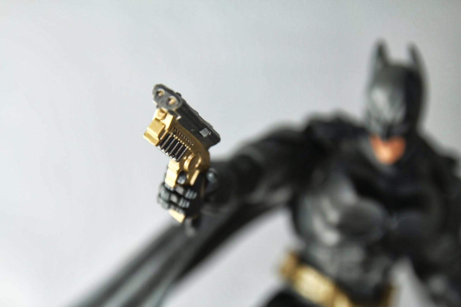 拋繩槍作的蠻精緻的, 造型則是從第一集(BB)就用到現在