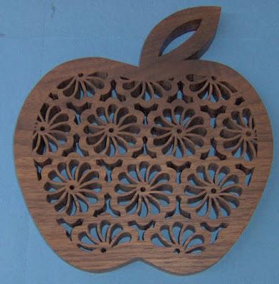 Apple Trivet pattern by Silvia
