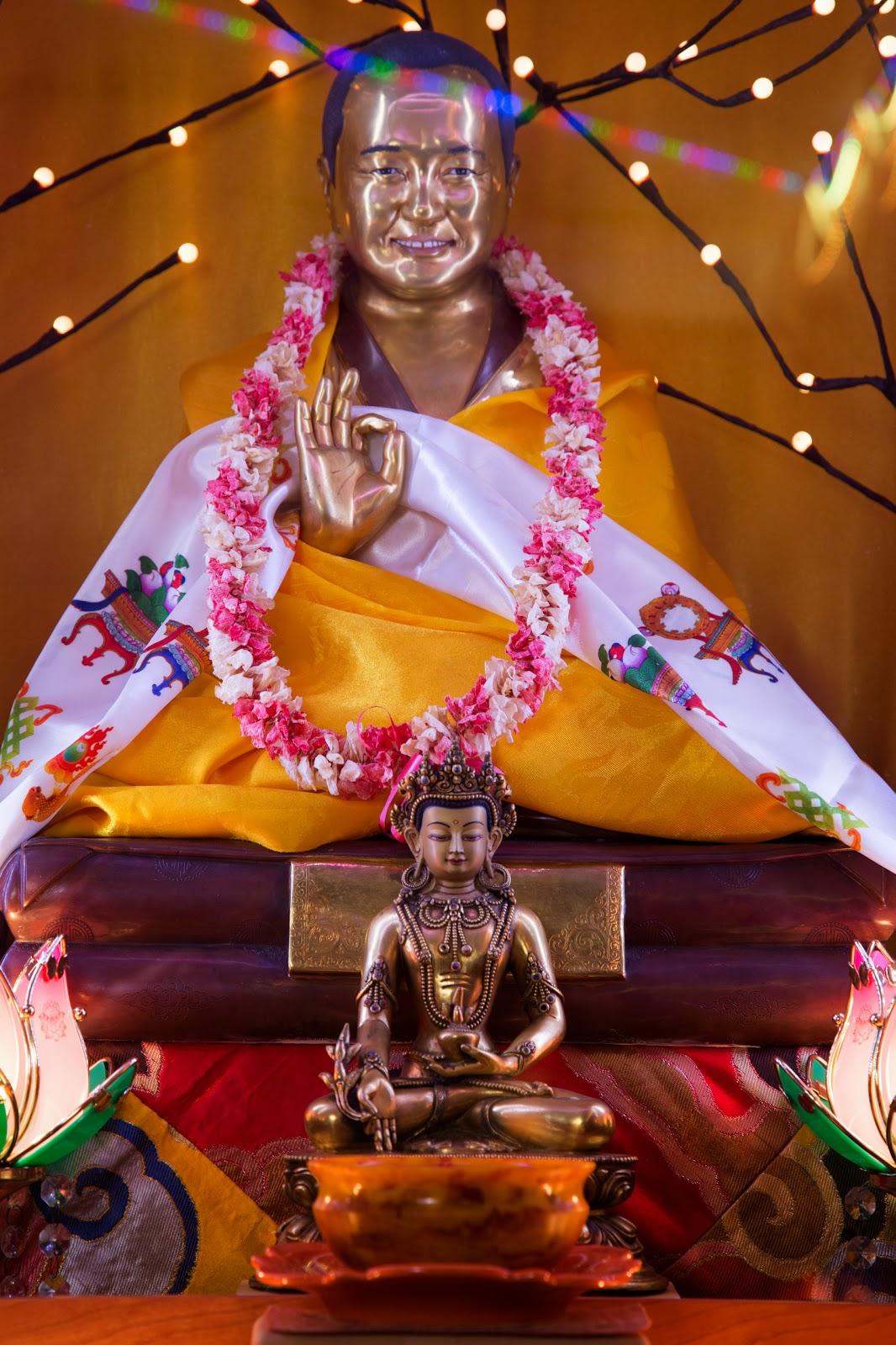 Lama Yeshe statue. Photo by Ven. Thubten Kunsang.