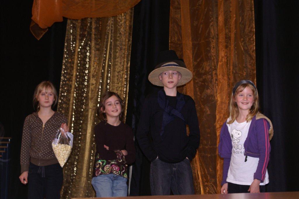 Speeltuin Show 8 maart 2008 - PICT4269