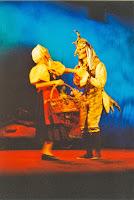 Théâtre du Vertige, La folle histoire du ciel 04, Cossé 2002