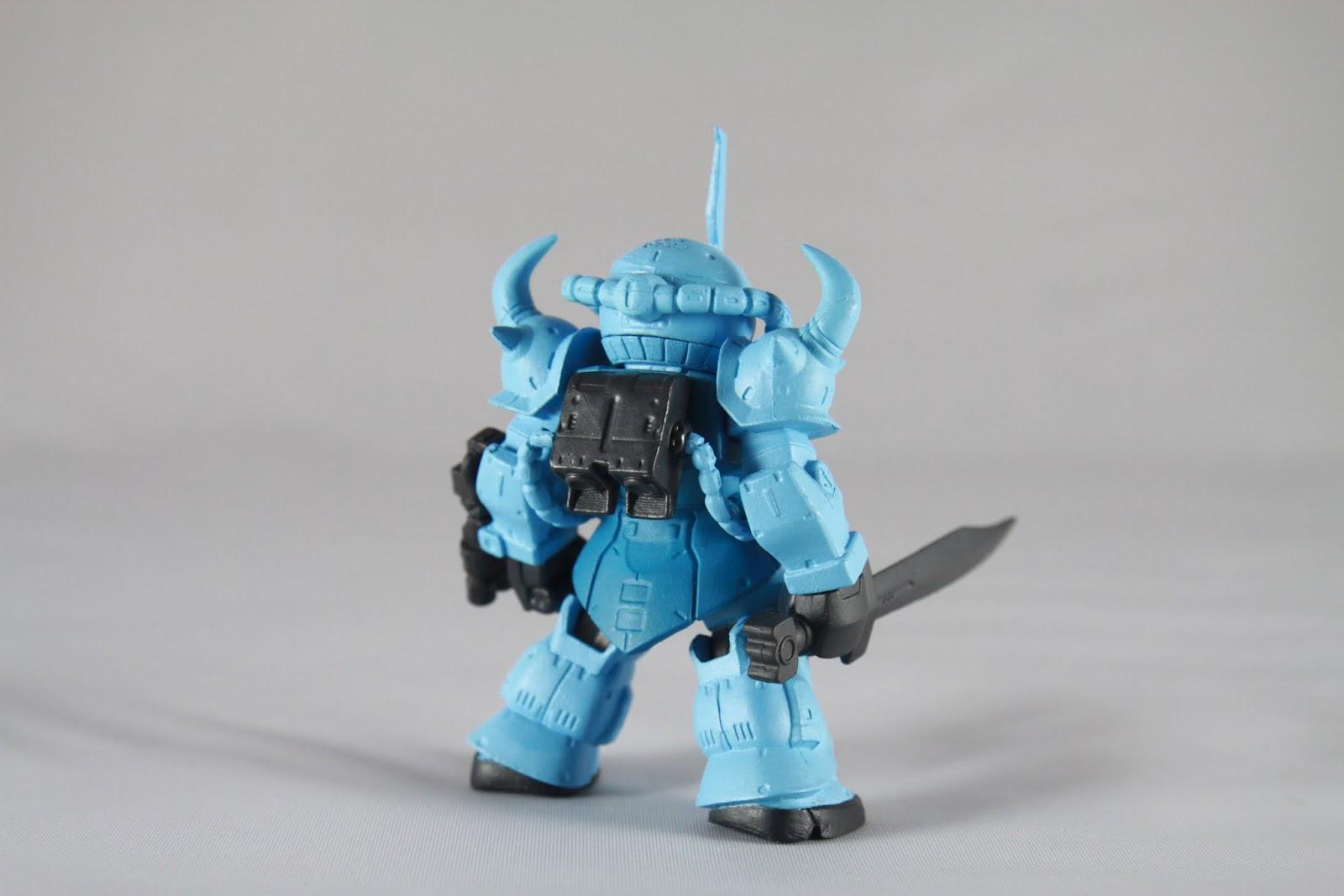 粗壯的背影超MAN的阿~ 不過依然是以Gouf 為基底 所以還是僅限陸戰用