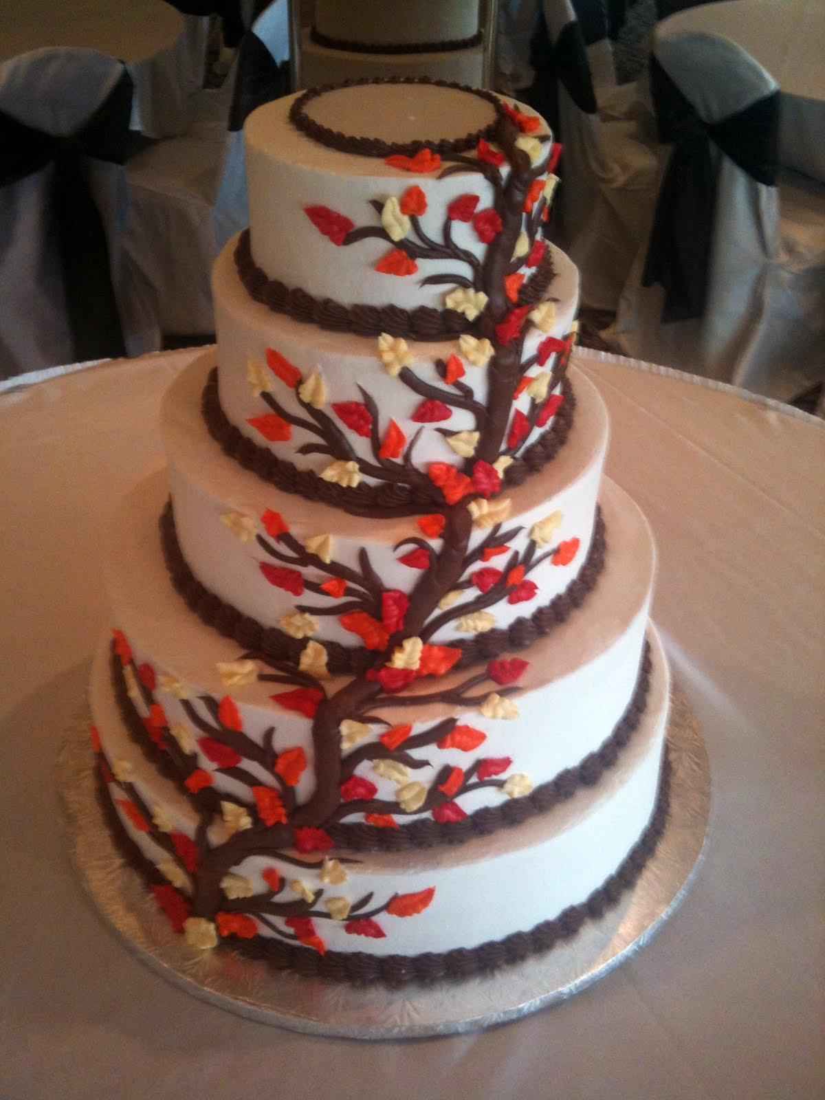 Wedding - Fall Leaves - Round - Level2
