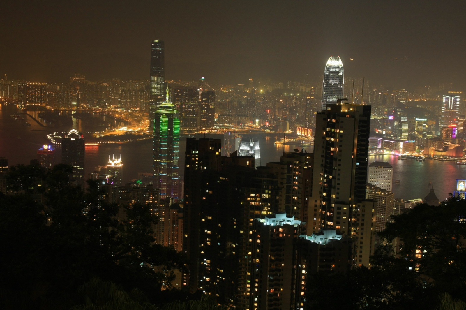 Victoria Peak view by night