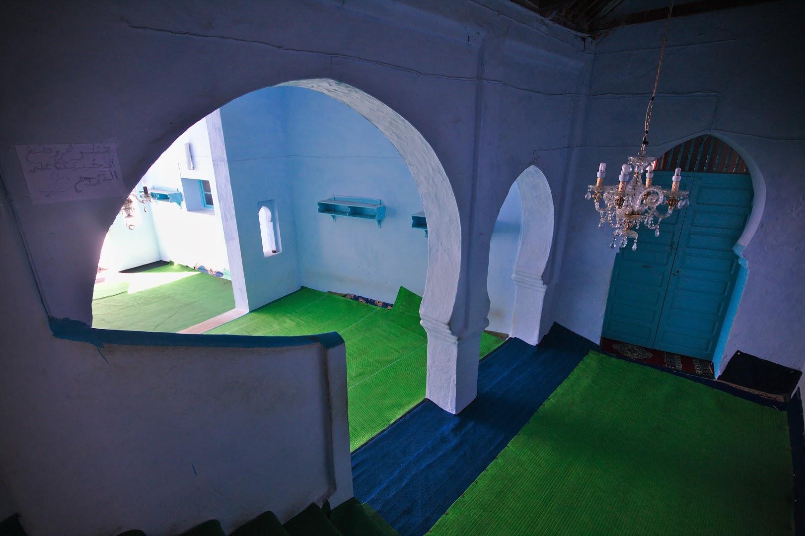 Interior of a mosk, normally forbidden to non-muslims