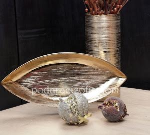 Ваза и фруктиера от метал в златен цвят