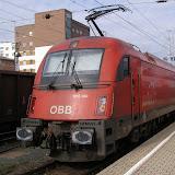 Taurus rakouských ÖBB v čele vlaku