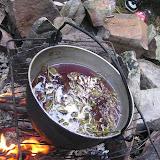 Třetí den puťáku - příprava čaje ke snídani
