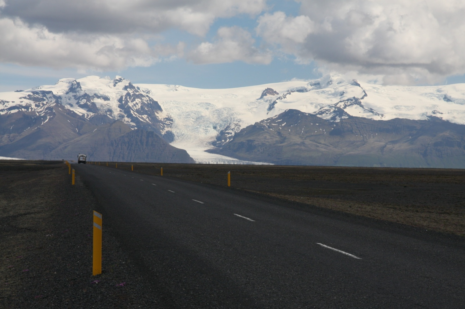 The southern Ring Road between ice and the ocean