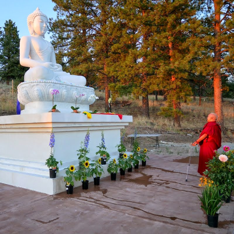 Lama Zopa Rinpoche with new Amitabha Buddha statue, Buddha Amitabha Pure Land, Washington, US, July 2014. Photo by Ven. Roger Kunsang.