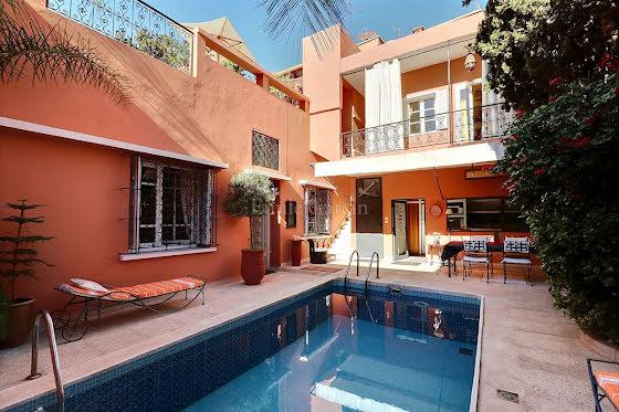 Vente maison 5 pièces 295 m2