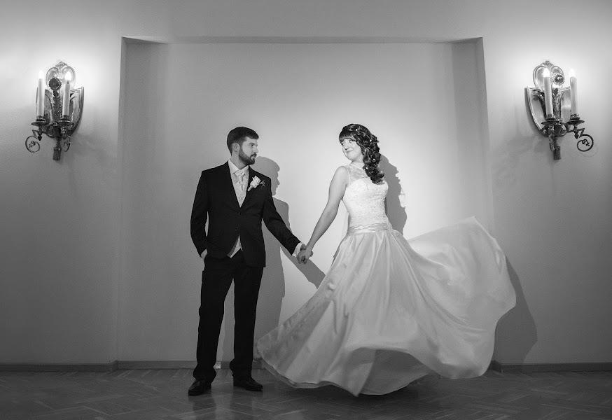 Свадебный фотограф Анастасия Лесина (AnastasiaLesina). Фотография от 18.06.2015
