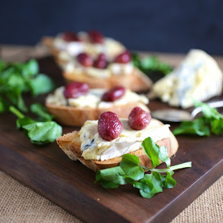Crostini with Blue Cheese and Roasted Grapes.