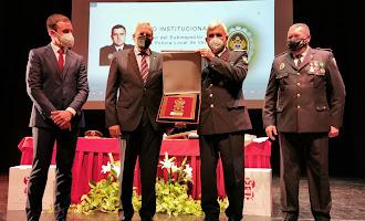 Homenaje de Vera al jefe de policía, Andrés Sánchez