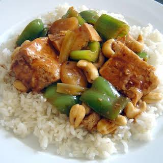"""Vegan Cashew """"chicken"""" Stir-fry."""