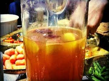 Homemade Mulled Cider (With Vanilla And Nutmeg)