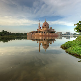 The Calmness Morning by Mohd Tarmudi - Buildings & Architecture Places of Worship (  )