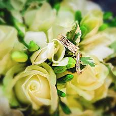 Wedding photographer Alena Gorbacheva (LaDyBiRd). Photo of 11.06.2015
