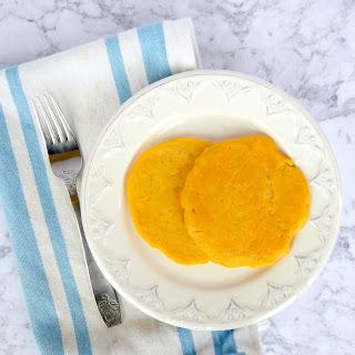Mac & Cheese Pancakes