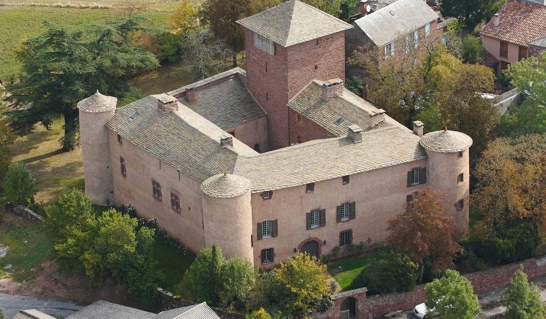 Château avec personnel & services Rebourguil